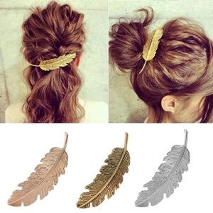 Accessories - Silver Tone Metal Feather Hair Clip Accessory